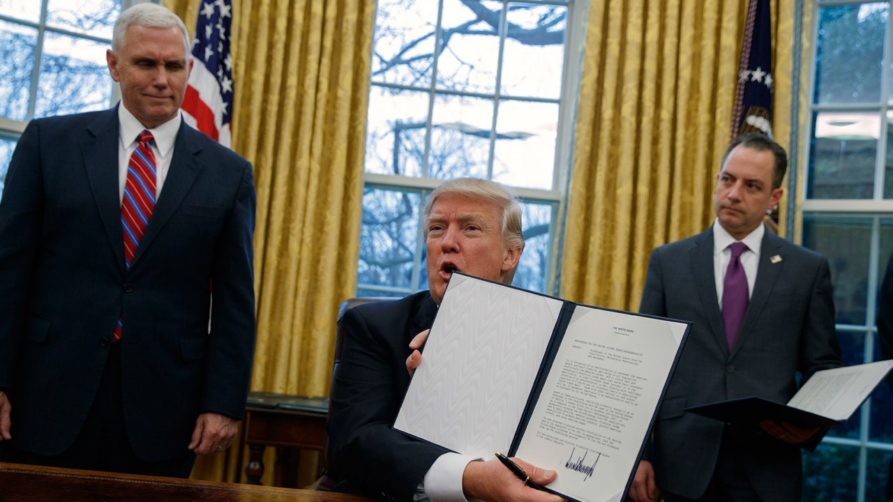 1iddly trump executive orders blank template imgflip