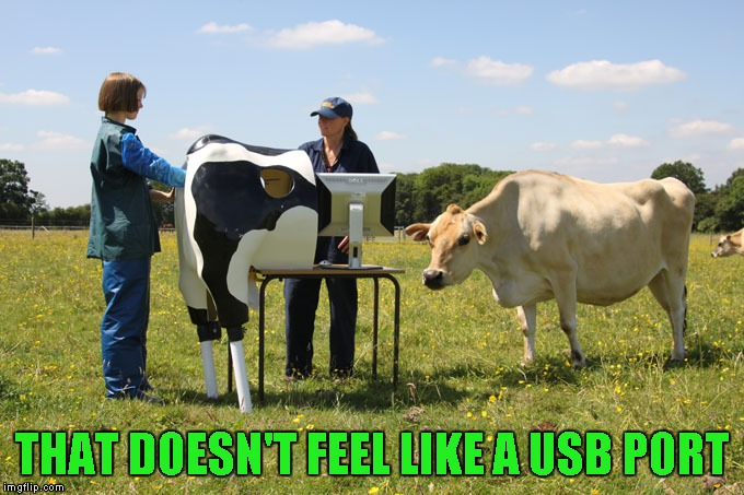 THAT DOESN'T FEEL LIKE A USB PORT | made w/ Imgflip meme maker