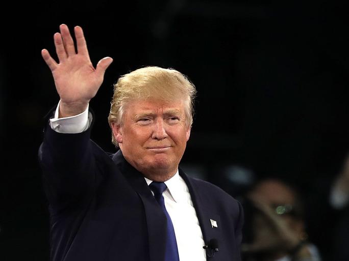 1mmhd7 trump raising hand blank template imgflip