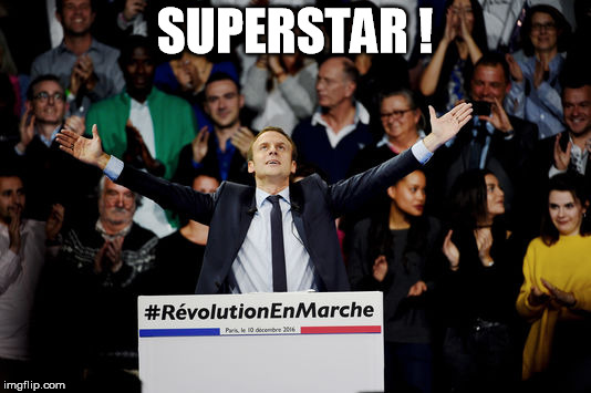 Macron Superstar