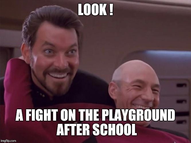 Memes | LOOK ! A FIGHT ON THE PLAYGROUND AFTER SCHOOL | image tagged in memes | made w/ Imgflip meme maker