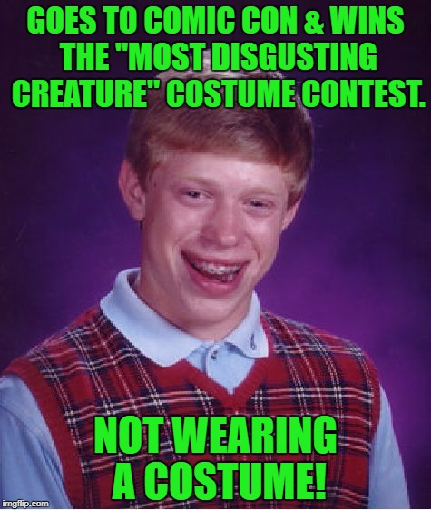 "Cosplay life! | GOES TO COMIC CON & WINS THE ""MOST DISGUSTING CREATURE"" COSTUME CONTEST. NOT WEARING A COSTUME! 