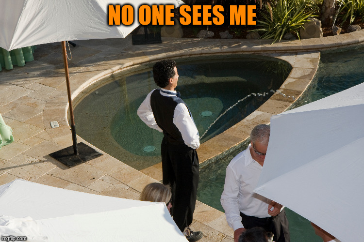 NO ONE SEES ME | made w/ Imgflip meme maker