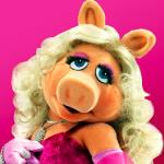 Miss Piggy meme