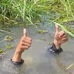 FLOODING THUMBS UP