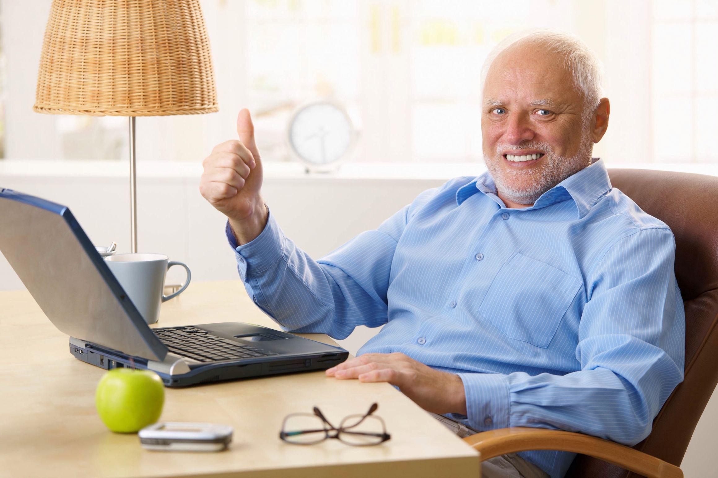 Afbeeldingsresultaat voor awkward grandpa meme thumbsup