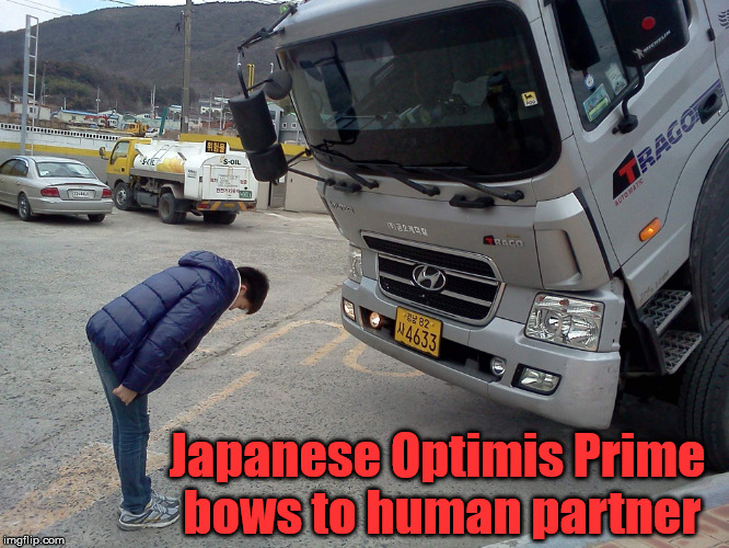 "Man says ""Ohayō gozaimasu"" to Optimis Prime and he responds ""Konnichiwa"" 