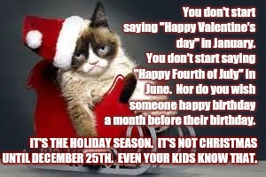 Christmas In July Cat Meme.Cats Christmas Is Coming Memes Gifs Imgflip