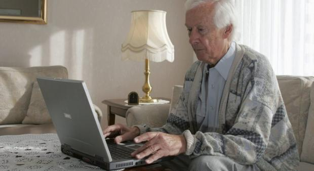 Old man computer Blank Template - Imgflip