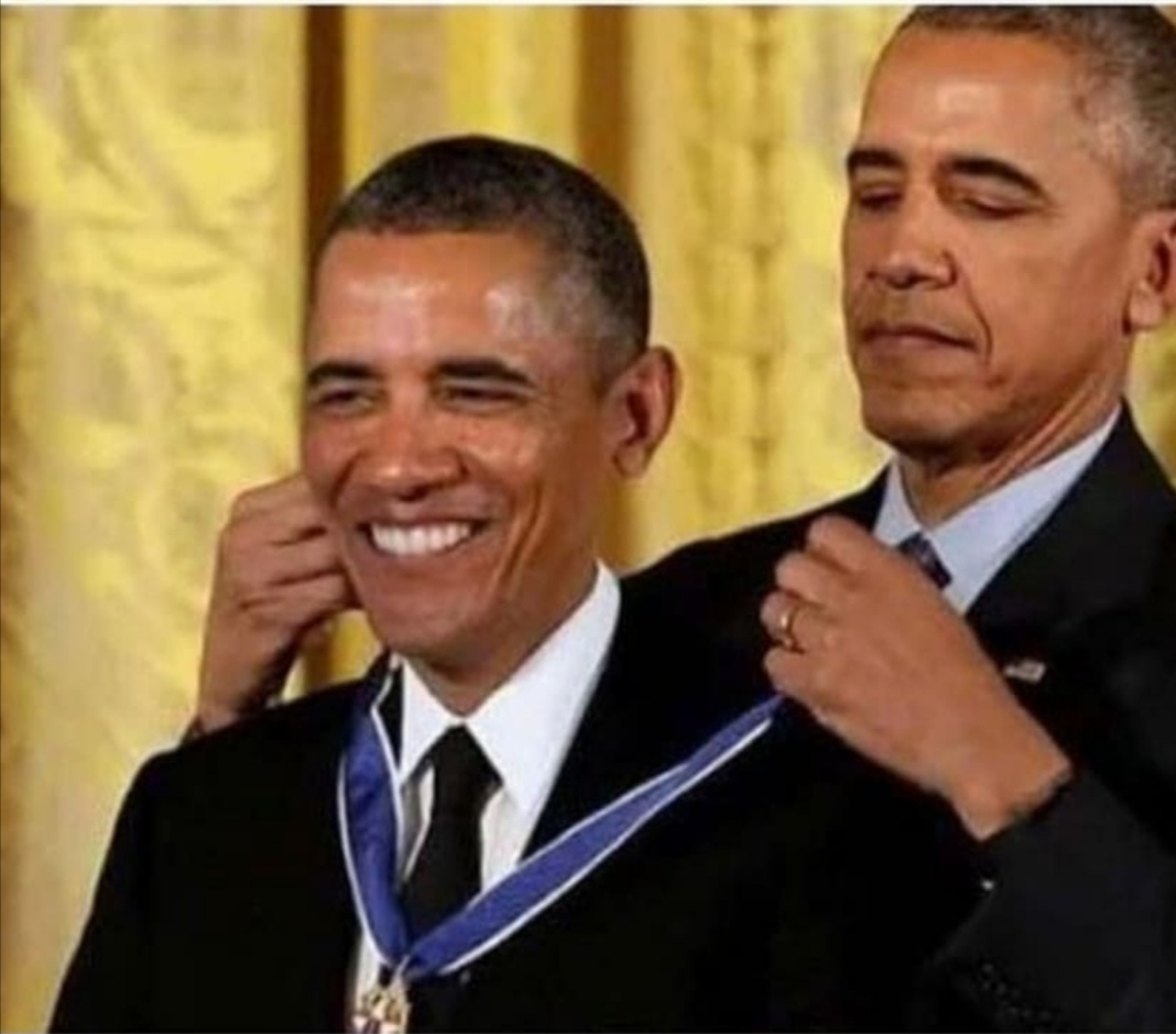 Obama Gives Himself A Medal Blank Template Imgflip