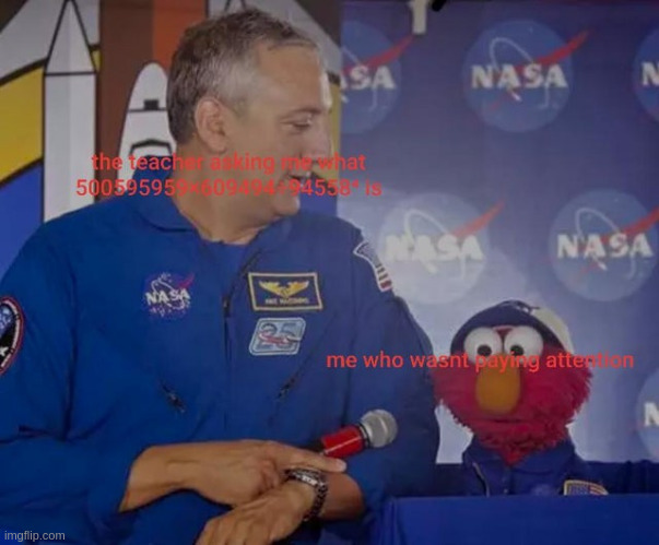 Elmo not paying attention (FOUND ON REDDIT) | image tagged in elmo | made w/ Imgflip meme maker
