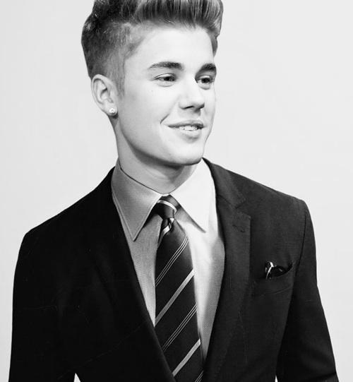 Justin Bieber Suit Meme Template