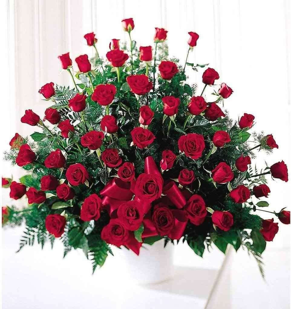 Марта, поздравления с днем рождения мужчине картинки красивые цветы