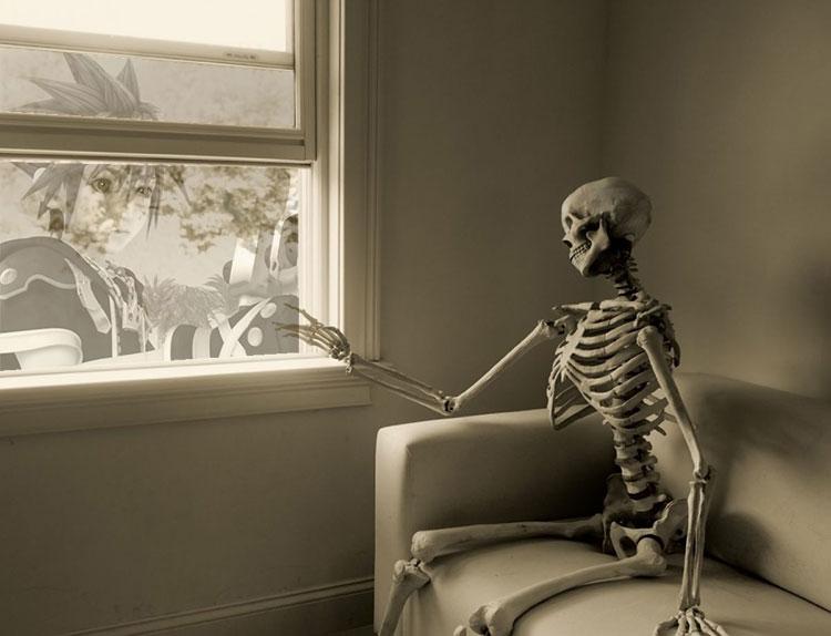 ложится картинка в ожидании принца скелет татуировка французская